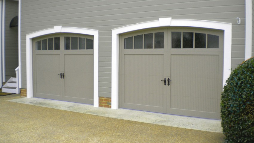 modern-insulated-garage-doors-rwkh62o2